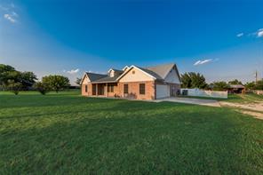 197 Old Chisholm, Rhome TX 76078