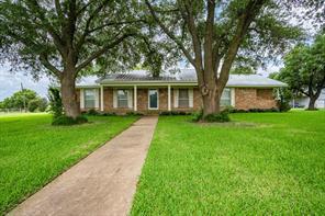 108 Private Road 137, Hillsboro, TX 76645