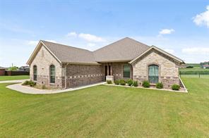 156 Ridge Top Ct, Decatur, TX 76234