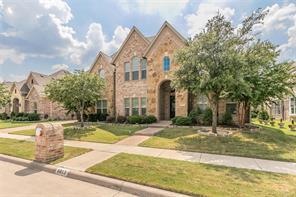 6813 Matador Ranch Rd, North Richland Hills, TX 76182