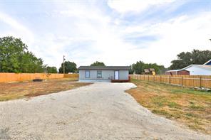 526 Ave B., Lawn TX 79530