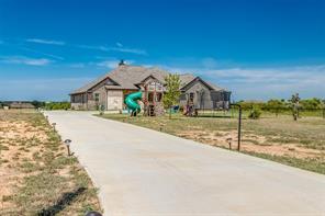 241 Isbell Ranch Rd, Paradise, TX 76073