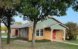 601 Main St, Lawn, TX 79530