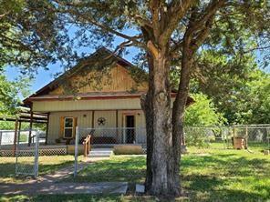 303 Lovell Ave, Covington, TX 76636