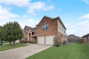 2211 Overton Dr, Forney, TX 75126