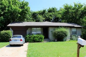 929 Manhattan, Denton, TX, 76209