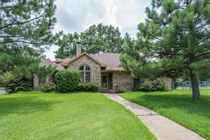 101 Castlewood Rd, Enchanted Oaks, TX 75156