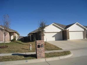 493 Brookbank, Crowley, TX 76036